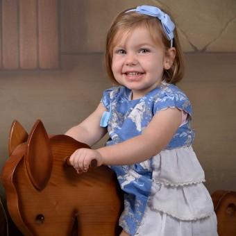 La pequeña Alicia - Fotografía infantil -